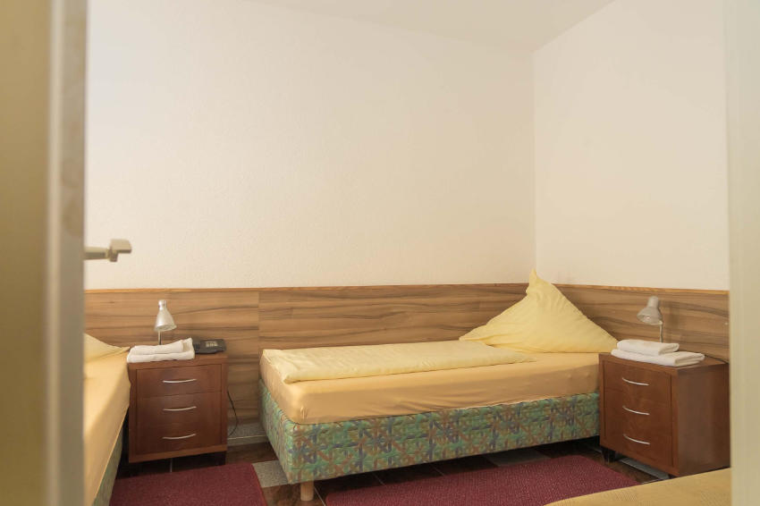 4 Bett Doppelzimmer mit Balkon